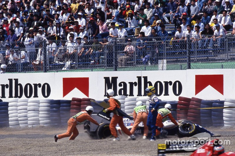 Ayrton Senna, Williams FW16, abandona a prova
