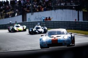 #86 Gulf Racing, Porsche 911 RSR: Michael Wainwright, Ben Barker, Thomas Preining