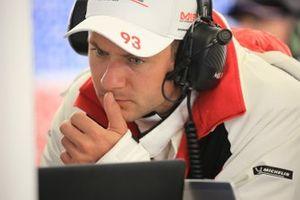 #93 Porsche GT Team Porsche 911 RSR: Nick Tandy