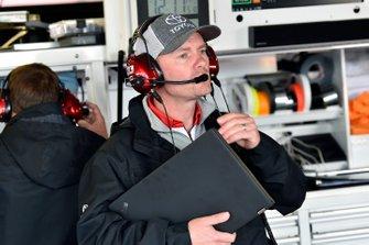 Michael Wheeler, Matt DiBenedetto, Leavine Family Racing, Toyota Camry Digital Momentum / Hubspot