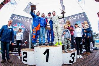 Podio: ganador Cyro Fontes, Chevrolet Onix, segundo lugar Juan Manuel Casella, Peugeot 208 y tercer lugar Guillermo Laguardia, Citroën DS3