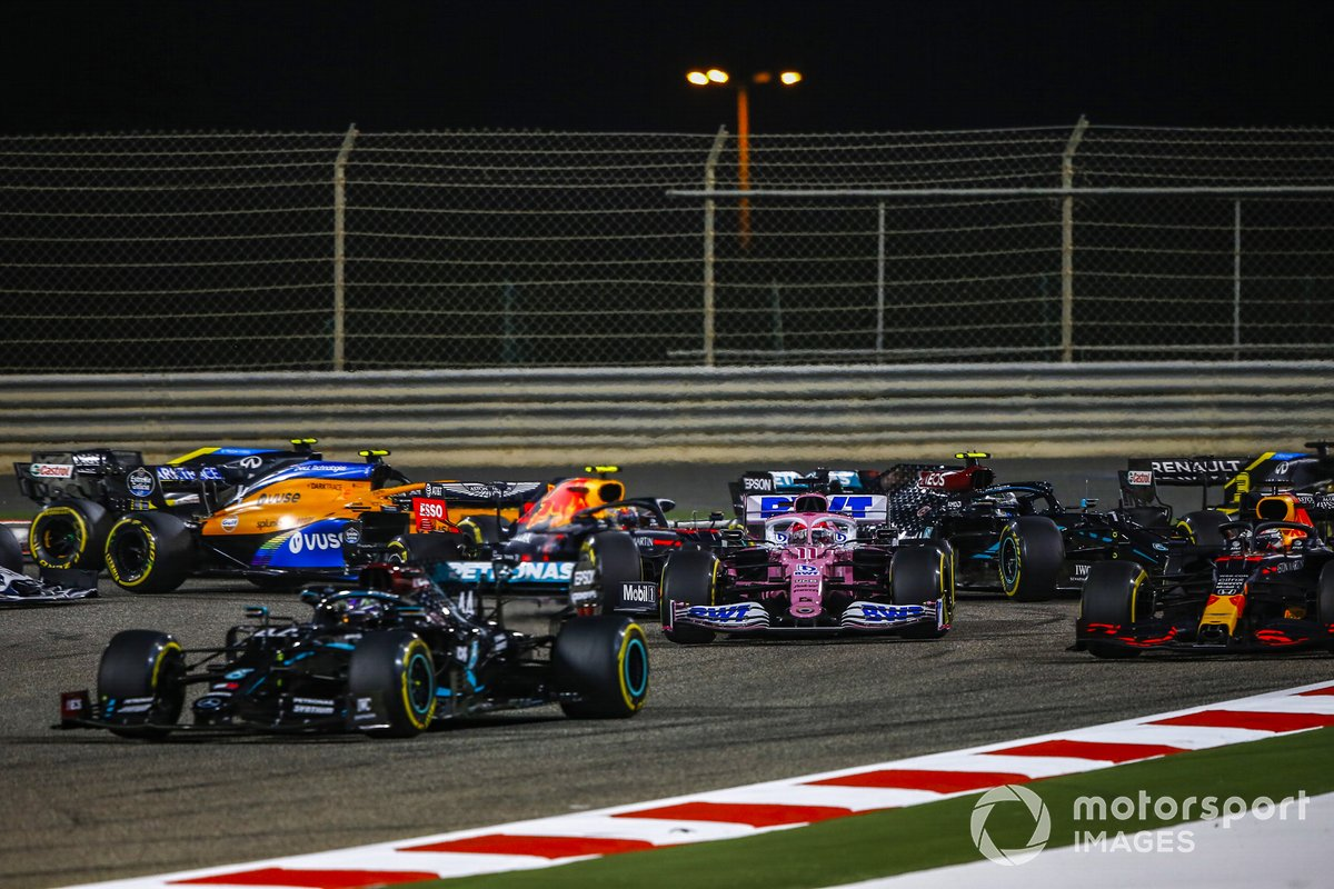 Arrancada Lewis Hamilton, Mercedes F1 W11, Max Verstappen, Red Bull Racing RB16, Sergio Pérez, Racing Point RP20, Alex Albon, Red Bull Racing RB16