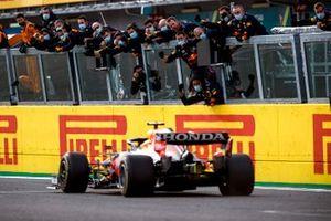 Победитель Гран При в Имоле Макс Ферстаппен, Red Bull Racing RB16B
