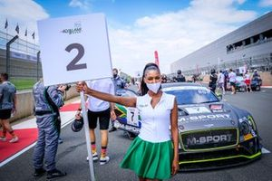 Grid girl of #7 Bentley Team M-Sport Bentley Continental GT3: Jules Gounon, Maxime Soulet, Jordan Pepper