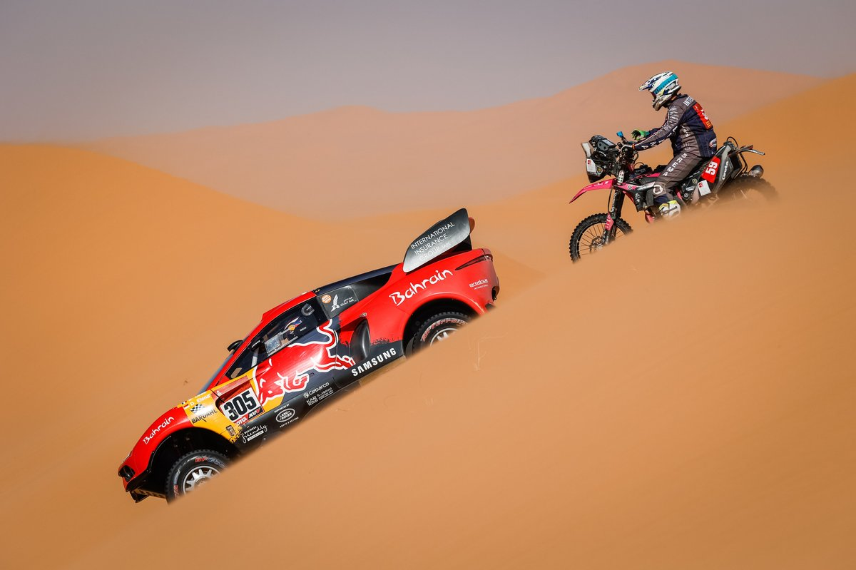#305 Bahrain Raid Xtreme Hunter: Sebastien Loeb, Daniel Elena, #59 Rally POV Beta: Tiziano Interno