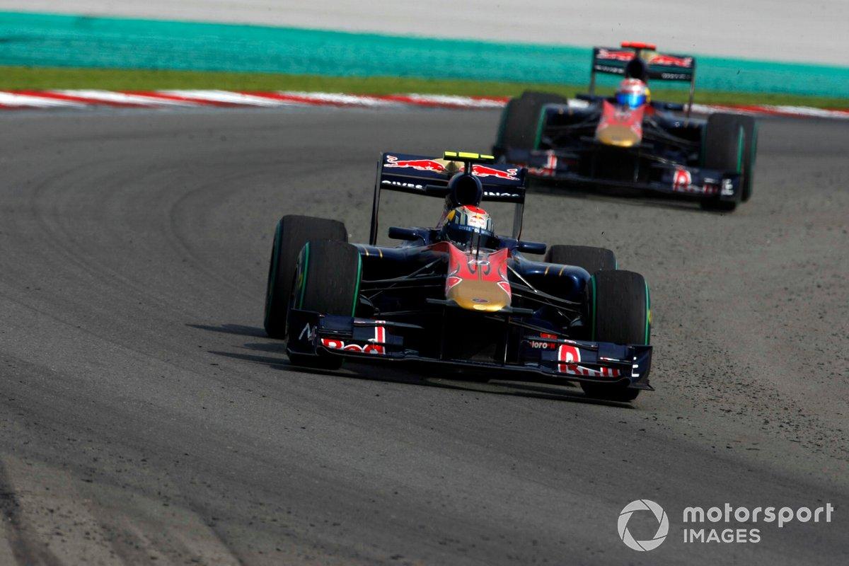 Jaime Alguersuari, Toro Rosso STR5, dan Sebastien Buemi, Toro Rosso STR5