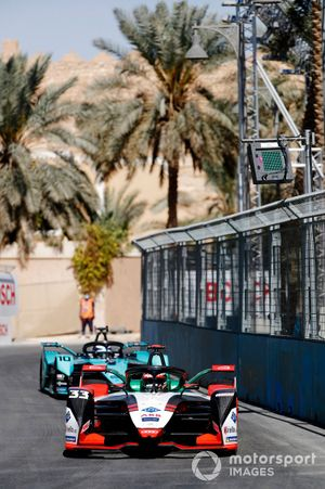 Rene Rast, Audi Sport ABT Schaeffler, Audi e-tron FE07, Sam Bird, Panasonic Jaguar Racing, Jaguar I-Type 5