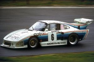 #6 Dick Barbour Racing Porsche 935: John Fitzpatrick, Dick Barbour