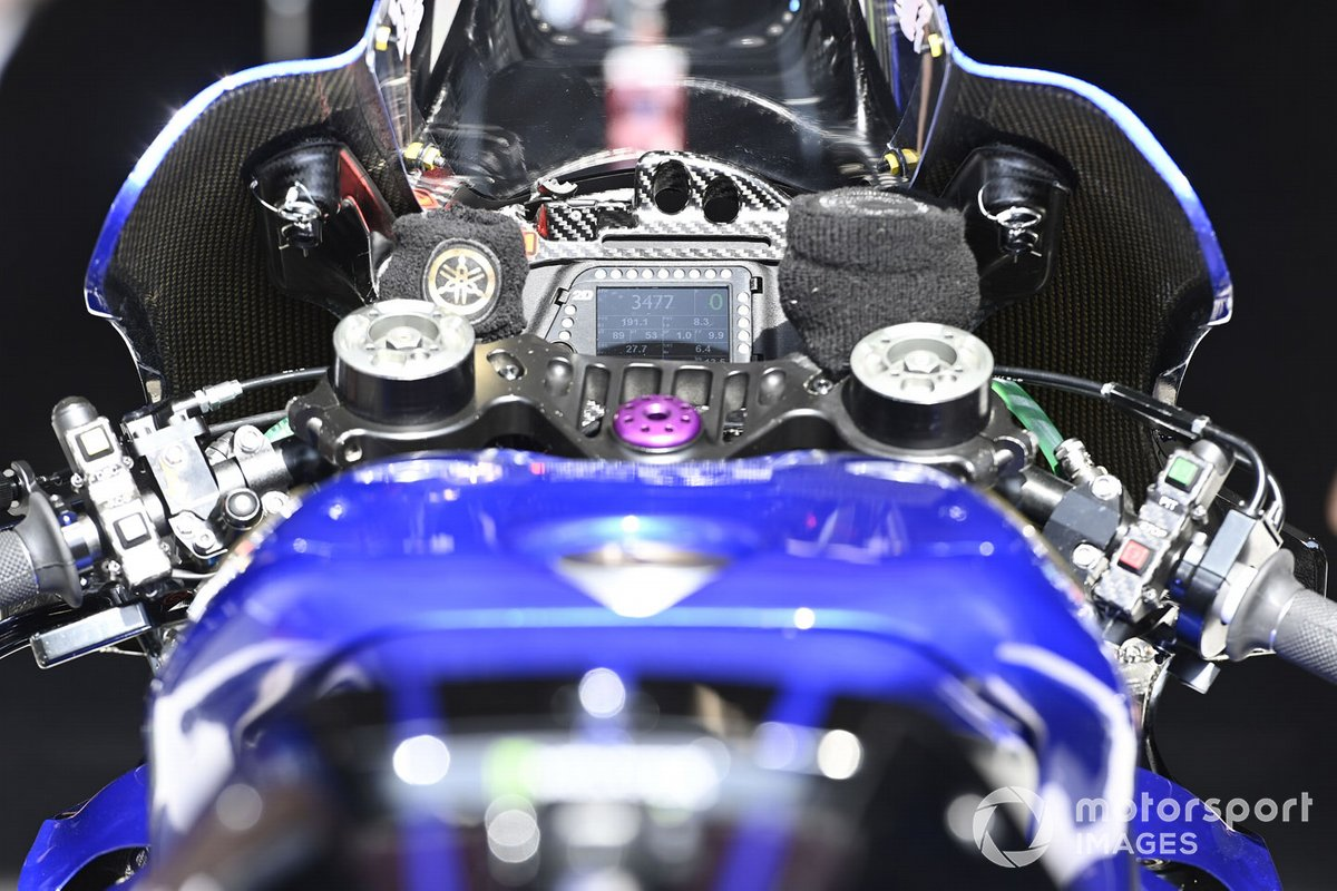 Detalle de la moto Yamaha Factory Racing