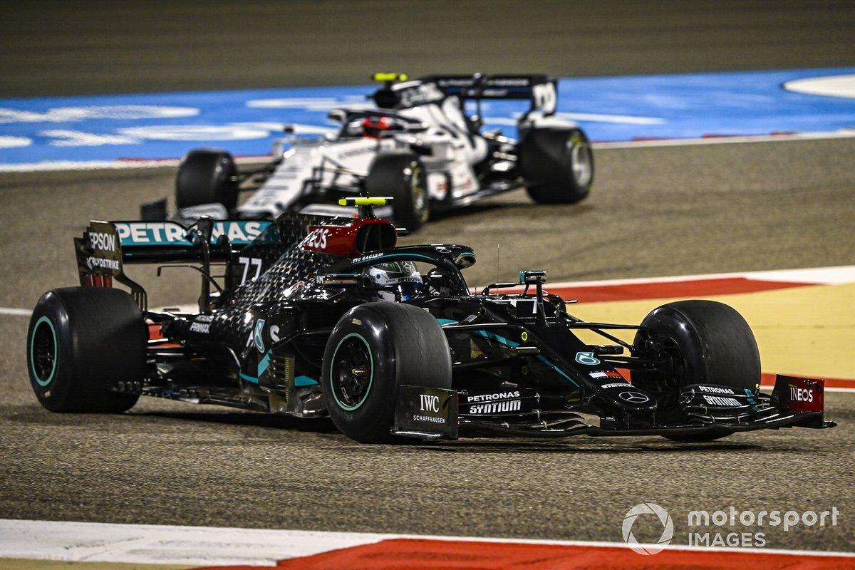 Valtteri Bottas, Mercedes F1 W11, Pierre Gasly, AlphaTauri AT01