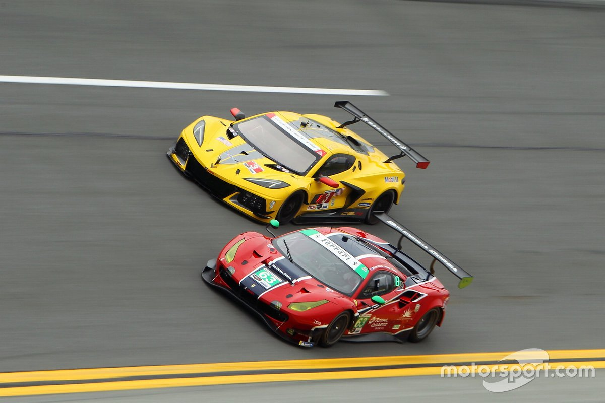 #3 Corvette Racing Corvette C8.R, GTLM: Antonio Garcia, Jordan Taylor, Nicky Catsburg, #63 Scuderia Corsa Ferrari 488 GT3, GTD: Ryan Briscoe, Marcos Gomes, Ed Jones, Bret Curtis