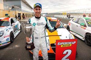 Jordan Cox, Gary Rogers Motorsport