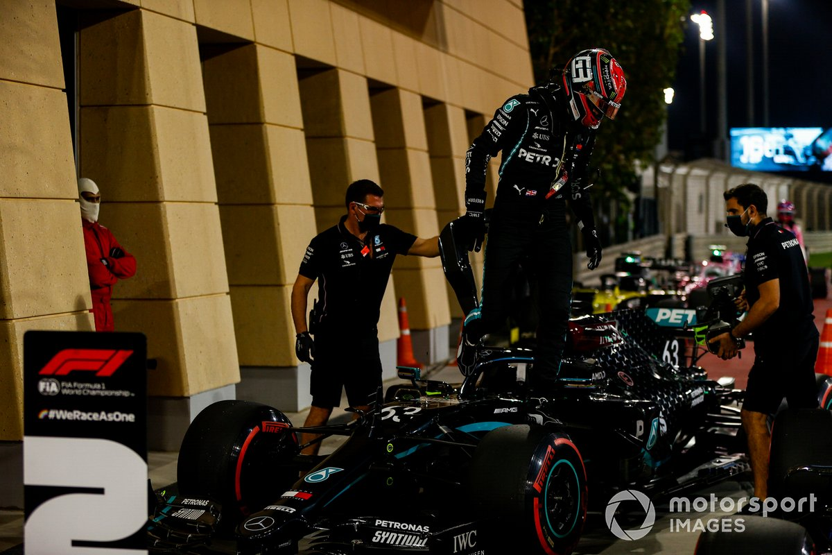 George Russell, Mercedes-AMG F1, arriva al Parc Ferme dopo le qualifiche