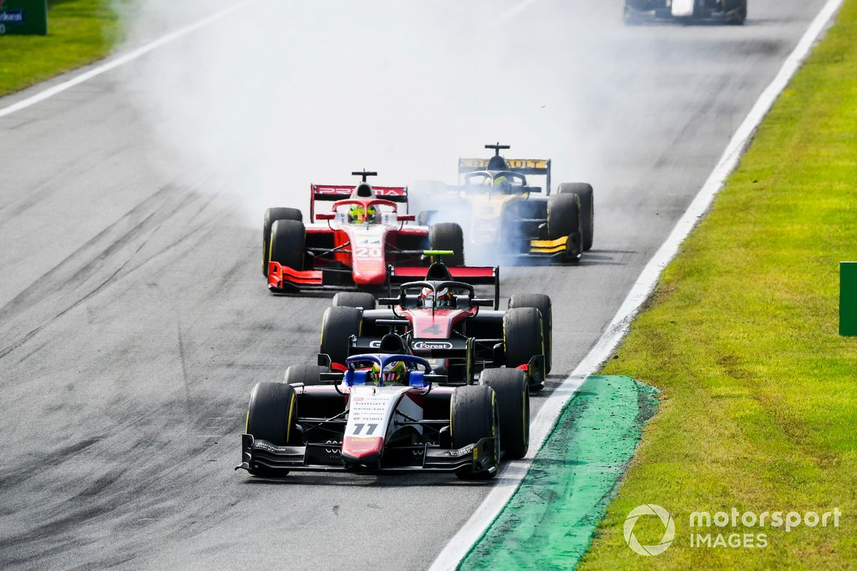Louis Deletraz, Charouz Racing System, Callum Ilott, UNI-Virtuosi y Mick Schumacher, Prema Racing