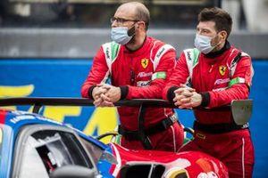 AF Corse Ferrari monteurs