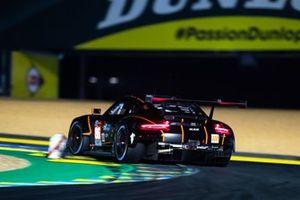 #86 Gulf Racing - Porsche 911 RSR: Michael Wainwright, Benjamin Barker, Andrew Watson
