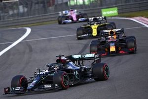 Lewis Hamilton, Mercedes F1 W11 Max Verstappen, Red Bull Racing RB16