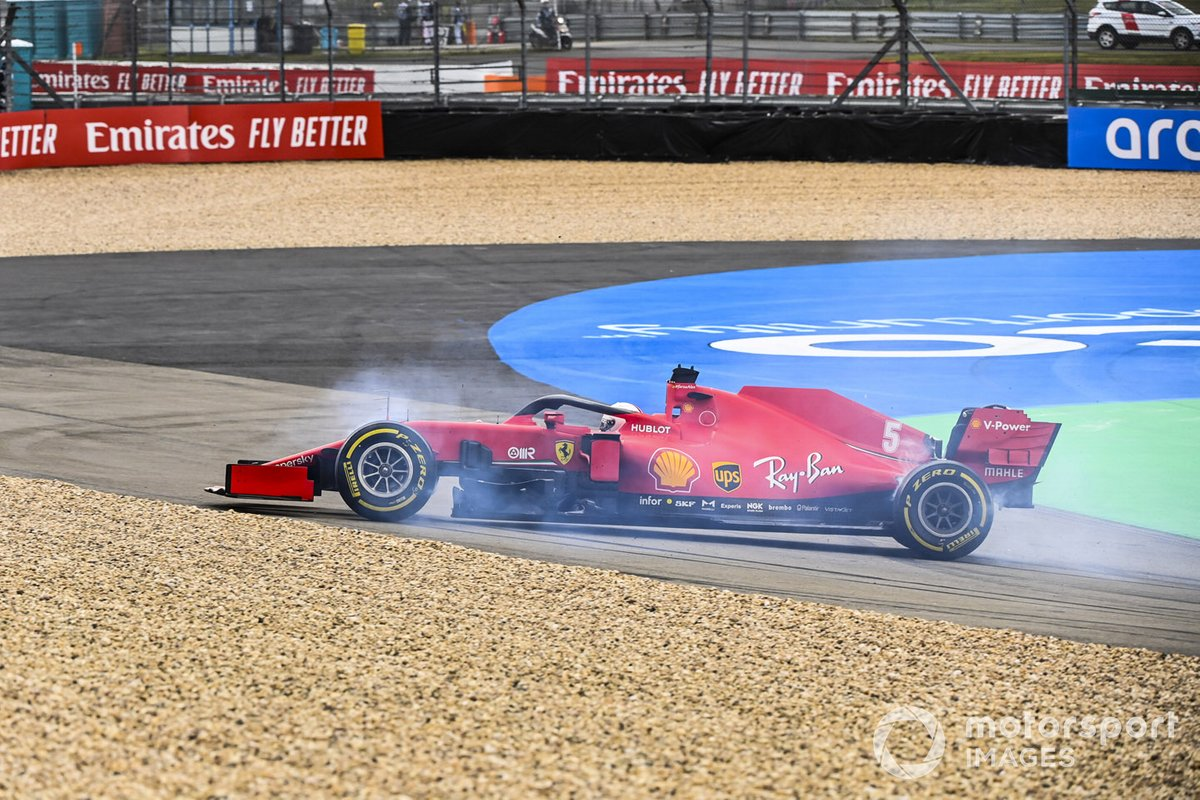 Sebastian Vettel, Ferrari SF1000 hace un trompo