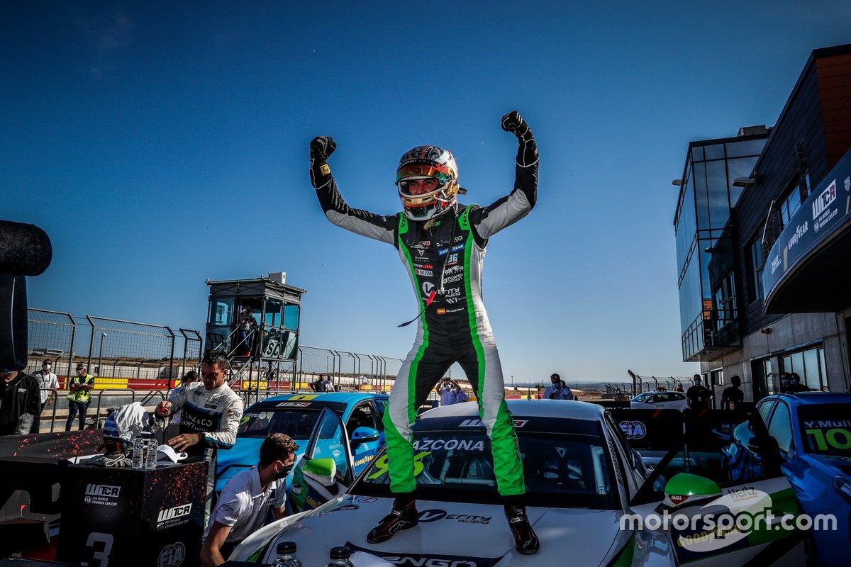 Ganador Mikel Azcona, Zengo Motorsport Services KFT CUPRA León Competición TCR