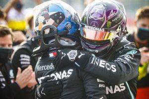 Valtteri Bottas, Mercedes-AMG F1 and Race winner Lewis Hamilton, Mercedes-AMG F1 celebrate in Parc Ferme