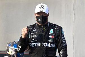 Pole man Valtteri Bottas, Mercedes-AMG F1, celebrates in Parc Ferme
