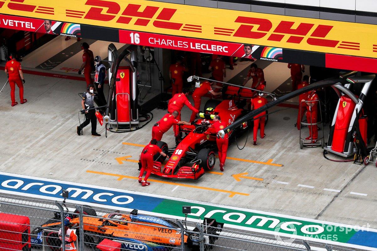 Charles Leclerc, Ferrari SF1000, torna nel garage