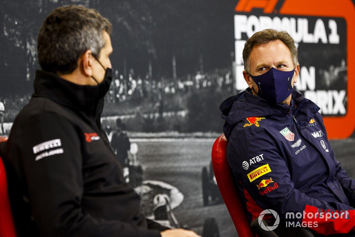 Guenther Steiner, Team Principal, Haas F1 et Christian Horner, Team Principal, Red Bull Racing en conférence de presse