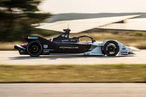 Prueba de Pascal Wehrlein, Porsche 99X Electric