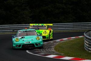 #3 Falken Motorsports Porsche 911 GT3 R: Christian Engelhart, Sven Müller, Thomas Preining, Dirk Werner