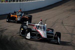 Josef Newgarden, Team Penske Chevrolet, Patricio O'Ward, Arrow McLaren SP Chevrolet
