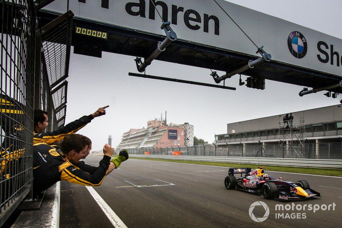 El ganador: Carlos Sainz jr., Dams