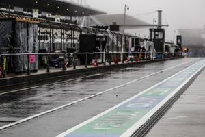 Rain in the pit lane