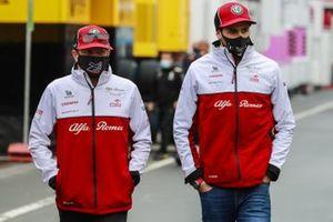 Kimi Raikkonen, Alfa Romeo en Antonio Giovinazzi, Alfa Romeo