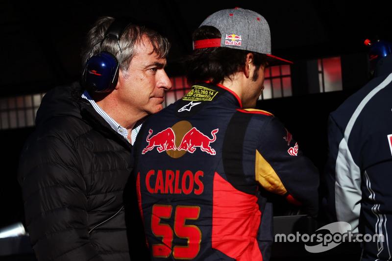 Carlos Sainz, con su hijo Carlos Sainz Jr., Scuderia Toro Rosso