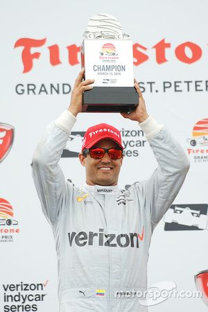 Podio: ganador de la carrera Juan Pablo Montoya, Team Penske Chevrolet