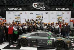 Победители в классе GTD: Джон Поттер, Энди Лэлли, Марко Зеефрид и Рене Раст, #44 Magnus Racing Audi