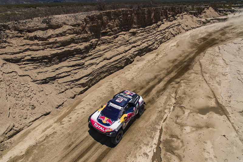 10. #303 Peugeot Sport Peugeot 3008 DKR: Carlos Sainz, Lucas Cruz