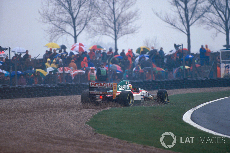 Alessandro Zanardi, Lotus 107B en la grava