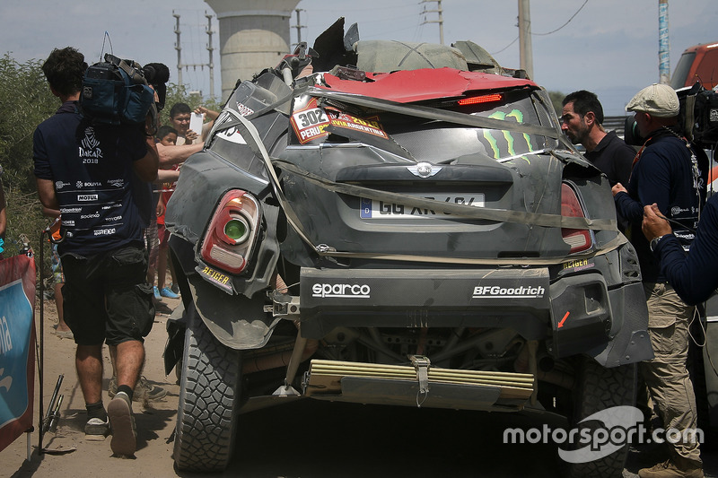#302 X-Raid Team MINI: Nani Roma, Alex Haro tras accidentar su coche