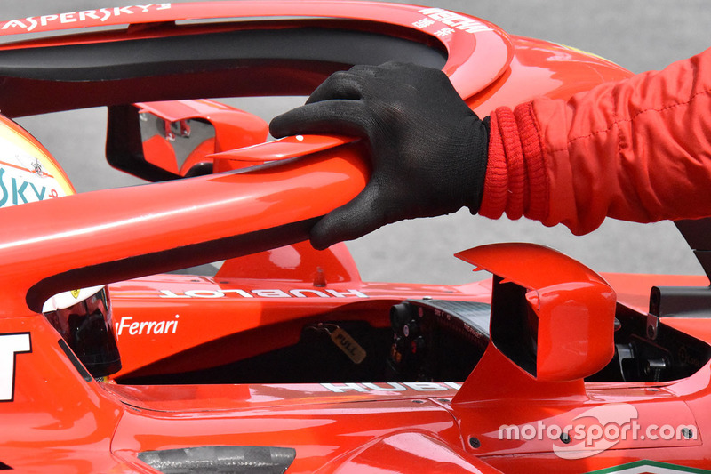 Ferrari SF71H mirror detail