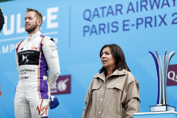 Mayor of Rome, Anne Hidalgo, on the podium with Sam Bird, DS Virgin Racing