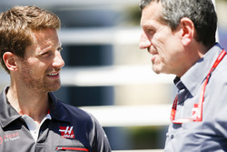 Romain Grosjean, Haas F1 Team, and Guenther Steiner, Team Principal, Haas F1