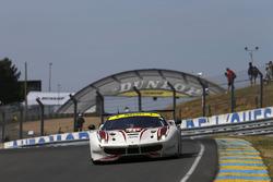 #70 MR Racing Ferrari 488 GTE: Мотоакі Ісікава, Олів'є Беретта, Едвард Чівер