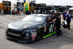 Kurt Busch, Stewart-Haas Racing, Ford Fusion Monster Energy / Haas Automation