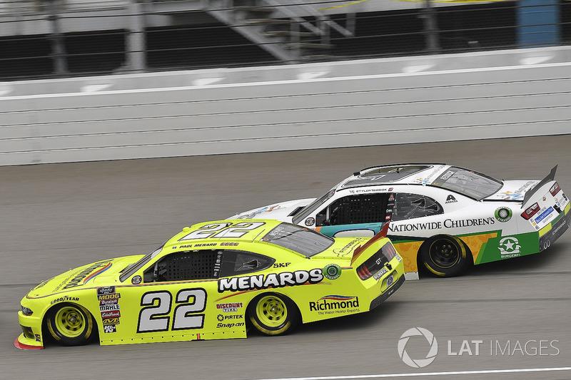 Paul Menard, Team Penske, Ford Mustang Menards/Richmond and Tyler Reddick, JR Motorsports, Chevrolet Camaro Nationwide Children's