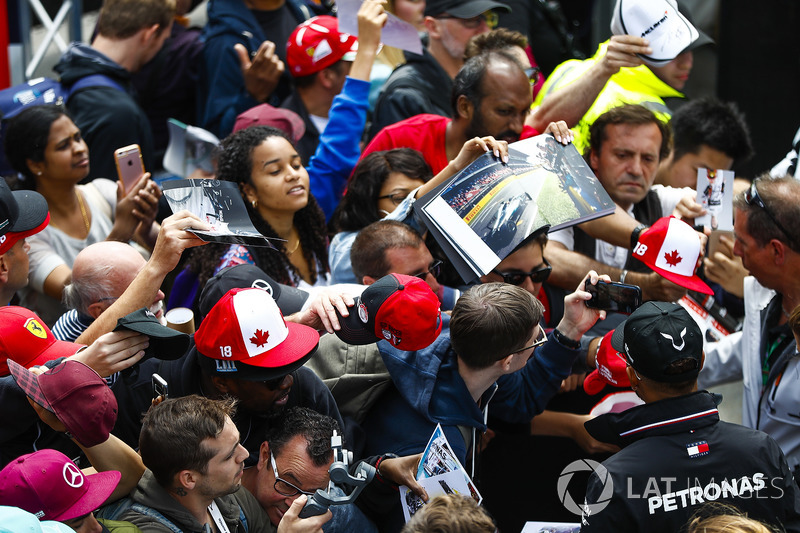 Lewis Hamilton, Mercedes AMG F1, signs autographs and has his picture taken by fans