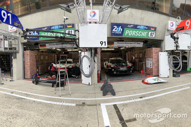 Porsche GT Team Porsche pit area