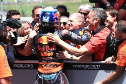 Il vincitore della gara Miguel Oliveira, Red Bull KTM Ajo Moto2