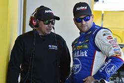 Chris Buescher, JTG Daugherty Racing, Chevrolet Camaro, mit Trent Owens