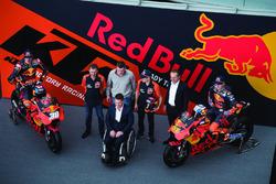 Bradley Smith, Red Bull KTM Factory Racing, Pol Espargaro, Red Bull KTM Factory Racing, Mika Kallio, Red Bull KTM Factory Racing, Pit Beirer, KTM Head of Motorsport, Hubert Trunkenpolz, Members of Board KTM, Mike Leitner, Team manager Red Bull KTM Factory Racing